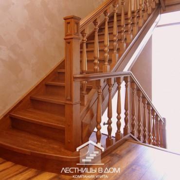 Лестница на два этажа из дальневосточного ясеня, г.Павловский Посад