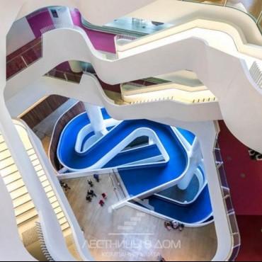 Лучшие фото на лестницах