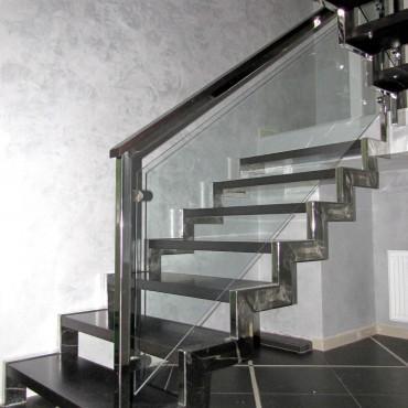 Нержавеющая лестница со стеклом г. Балашиха